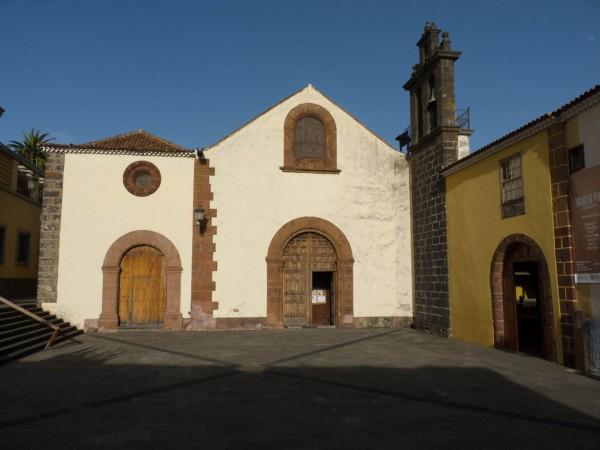 Foto 01 - Iglesia De Santo Domingo De Guzmán