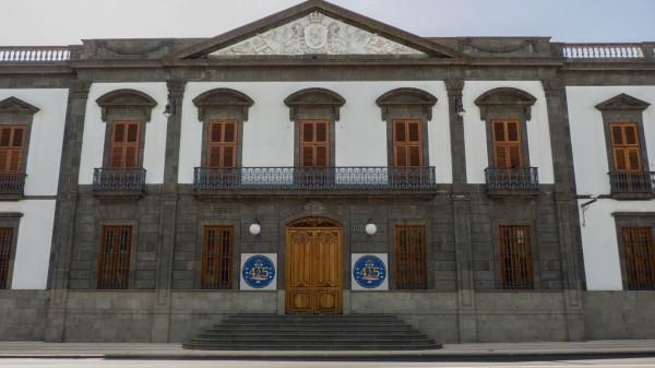 Foto 01 - Palacio De La Capitanía General De Canarias