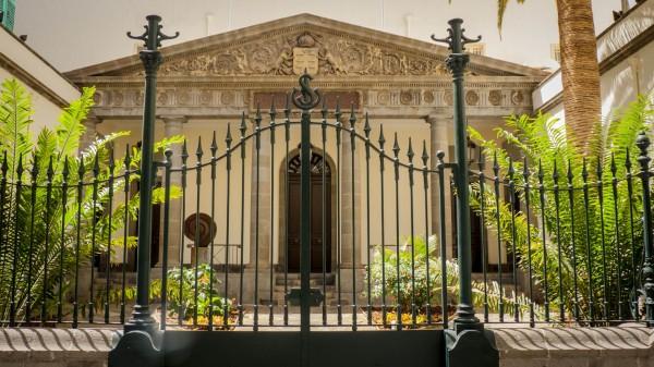 Foto 01 - Parlamento De Canarias