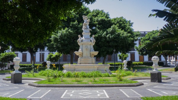 Foto 01 - Plaza Weyler