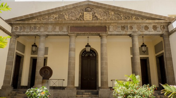 Foto 02 - Parlamento De Canarias